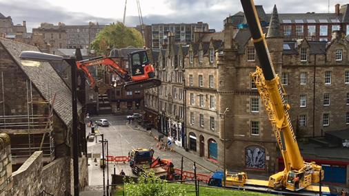 How to get a Piling Rig in to the back Venal of the Grassmarket?